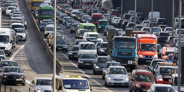 Fahrverbot: Bald könnten an bestimmten Tage die Dieselfahrzeuge zuhause bleiben.