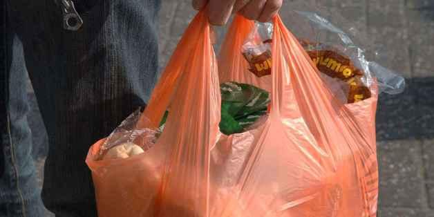 Quatre contrevérités sur l'interdiction des sacs plastique