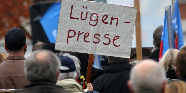 """Die sächsische Zeitung möchte """"Lügenpresse""""-Vorwürfe durch Fakten entkräften."""