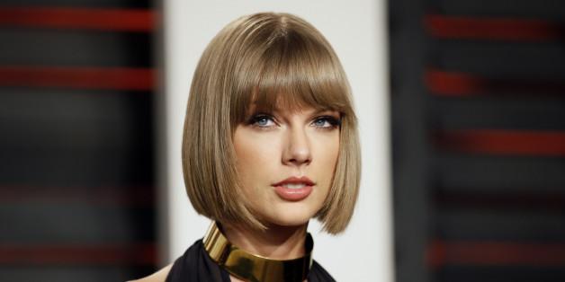 Sängerin Taylor Swift - hat sie sich unters Messer gelegt?