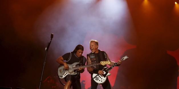 James Hetfield (R) and Robert Trujillo of Metallica perform during the Rock in Rio Music Festival in Rio de Janeiro, Brazil, September 20, 2015. REUTERS/Pilar Olivares