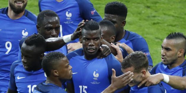 Paul Pogba (15), buteur avec l'Equipe de France en quart de finale de l'Euro contre l'Islande, le 3 juillet.