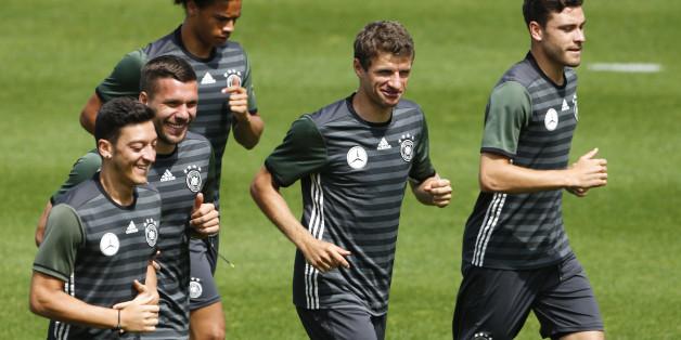 Die deutschen Fußballer haben natürlich Rituale, die ihnen für das EM-Halbfinale Glück bringen sollen