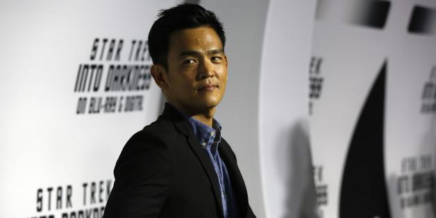 """""""Star Trek""""-Star John Cho verrät eine Revolution: Seine Figur Mr. Sulu ist nun schwul"""