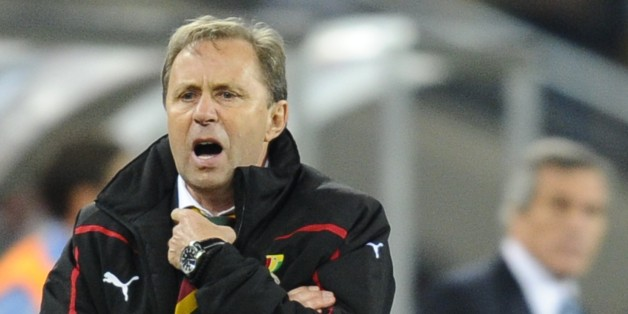 Ghana's coach Milovan Rajevac shouts instructions to his players during the 2010 World Cup quarter-final football match Uruguay vs. Ghana on July 2, 2010 at Soccer City stadium in Johannesburg.  NO PUSH TO MOBILE / MOBILE USE SOLELY WITHIN EDITORIAL ARTICLE -         AFP PHOTO / GIANLUIGI GUERCIA (Photo credit should read GIANLUIGI GUERCIA/AFP/Getty Images)