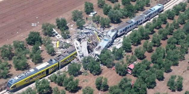 Viele Tote bei Frontal-Zusammenstoß zweier Züge in Italien