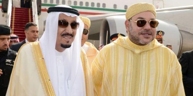 Le roi Mohammed VI rend visite au roi Salmane d'Arabie saoudite à Tanger