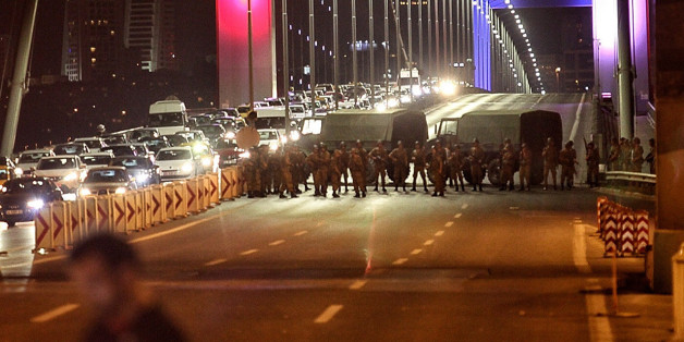 ISTANBUL, TURKEY - JULY 15: Turkish soldiers block Istanbul's Bosphorus Bridge on July 15, 2016 in Istanbul, Turkey. Istanbul's bridges across the Bosphorus, the strait separating the European and Asian sides of the city, have been closed to traffic. Reports have suggested that a group within Turkey's military have attempted to overthrow the government. Security forces have been called in as Turkey's Prime Minister Binali Yildirim denounced an 'illegal action' by a military 'group', with bridges