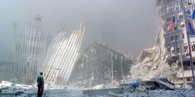 Les ruines du World Trade Center après les attentats du 11 septembre 2001 à New York