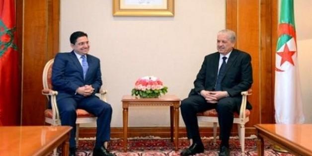 Le premier ministre algérien Abdelmalek Sellal aux côtés du ministre délégué aux Affaires étrangères Nasser Bourita