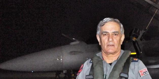 Er soll hinter dem versuchten Umsturz der Regierung in Ankara stecken: Der ehemalige Luftwaffenchef Akin Öztürk