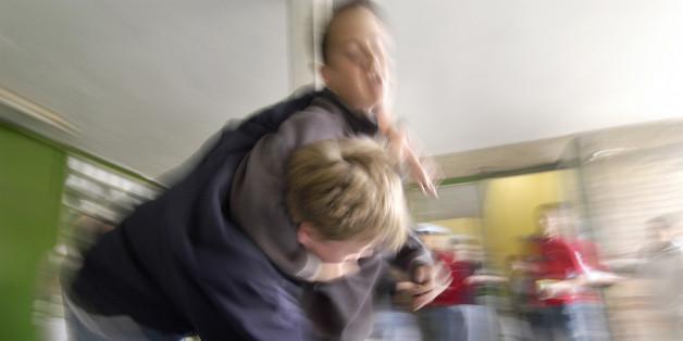Polizei warnt: Brutalität an Schulen steigt - und die wollen das vertuschen