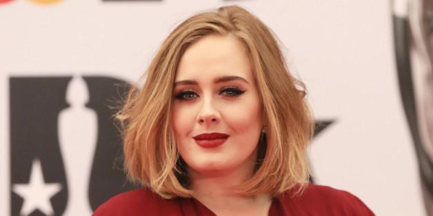 Die Sängerin ist für ihren Lid-Strich berühmt - nun hat sie ein Bild von sich gepostet, auf dem sie ungeschminkt ist