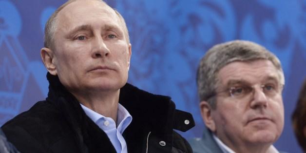 Waldimir Putin und IOC-Präsident Thomas Bach