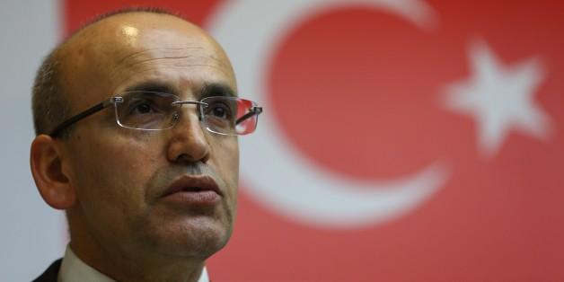 Mehmet Simsek bestätigt, dass vor dem Putsch schwarze Listen von politischen Gegner angelegt wurden