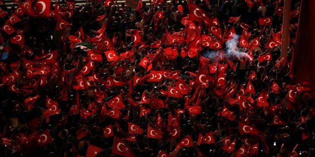 Demonstrationen von Erdogan-Anhängern