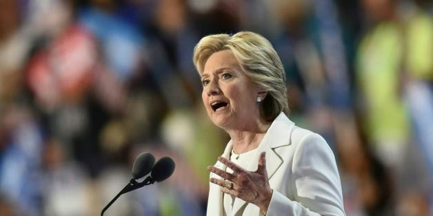 Hillary Clinton zieht als erste Frau in der Geschichte der USA in den Präsidentschaftswahlkampf
