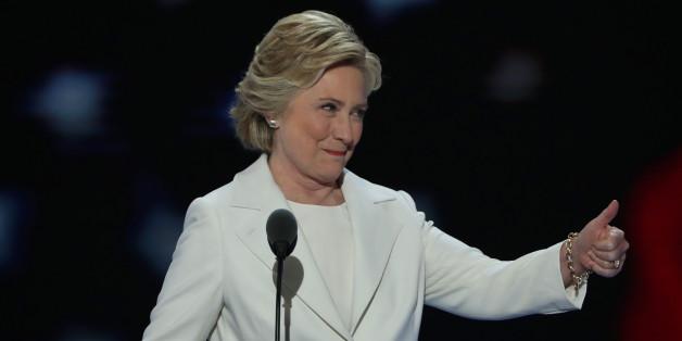 5 passages optimistes du discours de Clinton pour contrer le pessimisme de Trump