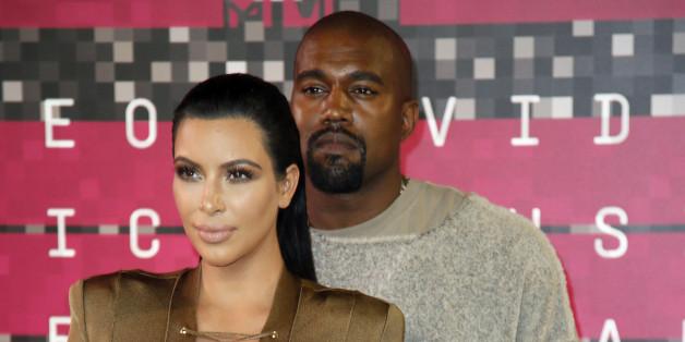 Kanye West liebt die Selfies von Kim Kardashian - besonders, wenn sie auf diesen nackt ist
