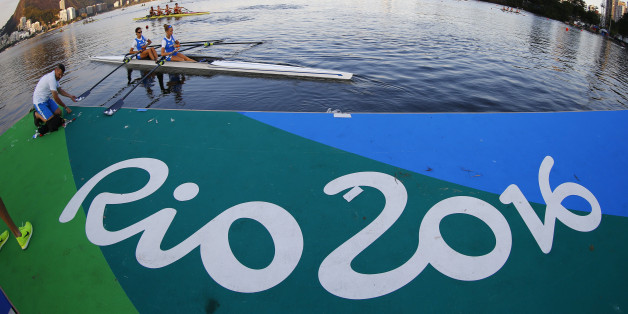 Rio Olympics - Rowing - Lagoa - Rio De Janeiro, Brazil - 01/08/2016. Rowers from Italy train.   REUTERS/Ivan Alvarado  TPX IMAGES OF THE DAY FOR EDITORIAL USE ONLY. NOT FOR SALE FOR MARKETING OR ADVERTISING CAMPAIGNS.