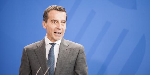 Christian Kern spricht in Berlin bei einer Pressekonfernez