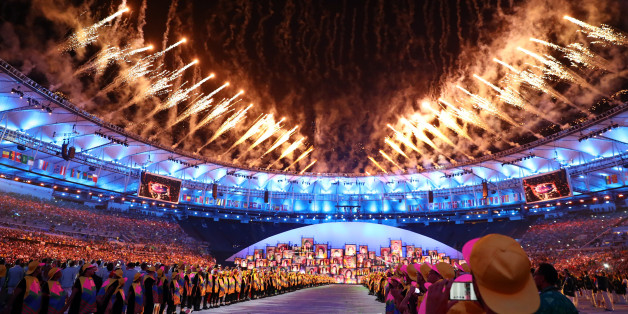 2016 Rio Olympics - Opening ceremony - Maracana - Rio de Janeiro, Brazil - 05/08/2016. Fireworks go off.                     REUTERS/Kai Pfaffenbach FOR EDITORIAL USE ONLY. NOT FOR SALE FOR MARKETING OR ADVERTISING CAMPAIGNS.