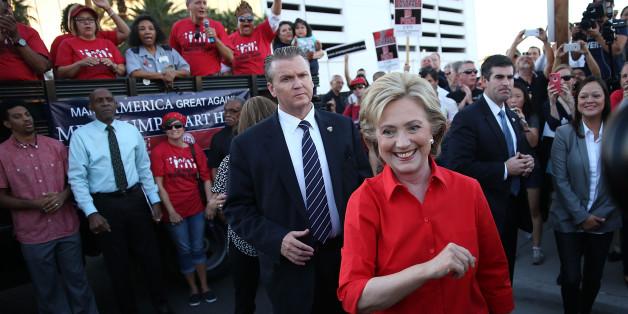 Die Demokratin Hillary Clinton liegt laut aktuellen Zahlen wieder vorn im Präsidentschaftswahlkampf