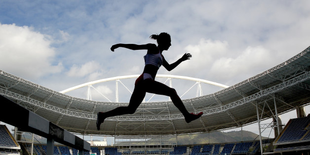 RIO DE JANEIRO, BRAZIL - MAY 14: Zulema Arenas #548 of Peru competes in the women's 3000 meter steeplechase during the Ibero American Athletics Championships - Aquece Rio Test Event for the Rio 2016 Olympics at Olympic Stadium on May 14, 2016 in Rio de Janeiro, Rio de Janeiro.  (Photo by Matthew Stockman/Getty Images)