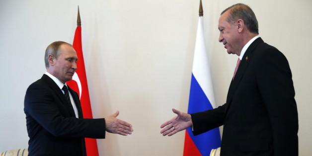 Die Eiszeit zwischen Erdogan und Putin ist nach dem Treffen in St. Petersburg - zumindest erstmal - vorbei.