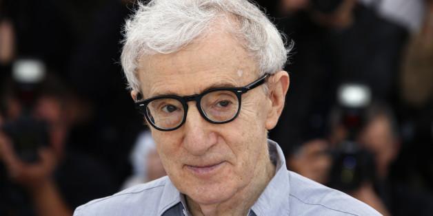 """""""Crisis in Six Scenes"""" : Woody Allen"""