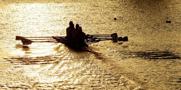 Olympia-Veranstalter haben die Doppelvierer-Entscheidungen am Mittwoch verschoben