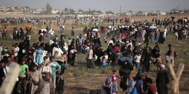 Syrische Flüchtlinge in der Türkei - in Türkei sind aber auch Hunderttausende Kurden auf der Flucht