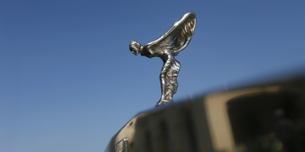"The ""Spirit of Ecstasy"" bonnet ornament of a Rolls-Royce classic car is seen during the annual ""British Car Day"" celebrations in Colombo, Sri Lanka March 13, 2016. REUTERS/Dinuka Liyanawatte"