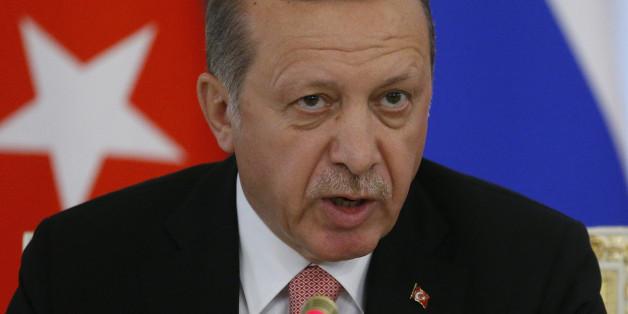Erdogan bei einer Pressekonferenz in Russland.