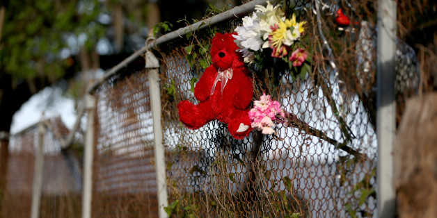 Archivbild: Blumen in North-Charleston erinnern an den Mord an Walter Scott