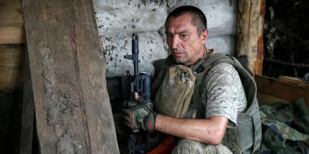 Deutsche Politiker wollen der Ukraine Waffen liefern