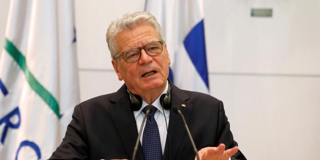 Gauck stellt sich hinter Merkels Flüchtlingskurs - und gegen ein Burkaverbot