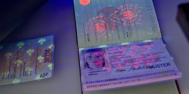 Ein Gerät zur Validierung von Ausweisdokumenten