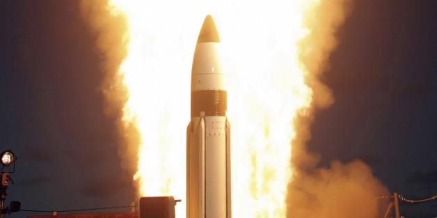 '바다의 사드' SM-3 미사일의 2005년 시험발사 모습