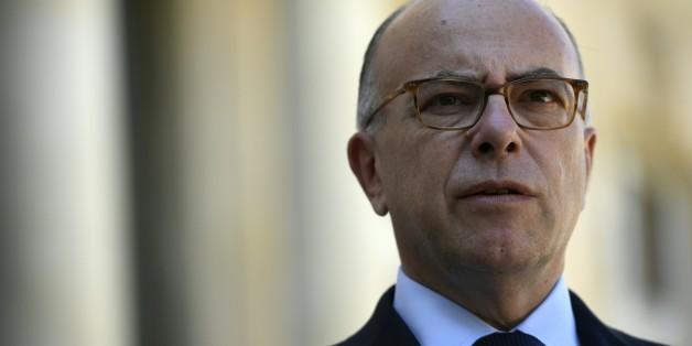 """Une loi anti-burkini serait """"inconstitutionnelle et inefficace"""" prévient Bernard Cazeneuve"""
