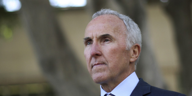 Former Los Angeles Dodgers owner Frank McCourt leaves after testifying in Bryan Stow's civil trial against him in Los Angeles, California June 13, 2014. Stow is suing the Dodgers and the team's former owner for $35 million, claiming he could have been spared a brutal beating that left him with brain damage if the team had not skimped on security spending, a lawyer for the fan told jurors on May 29, 2014. REUTERS/David McNew  (UNITED STATES - Tags: SPORT BASEBALL CRIME LAW HEADSHOT)