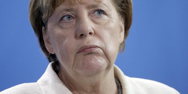Angela Merkel dringt bei der Wirtschaft auf eine bessere Integration von Flüchtlingen