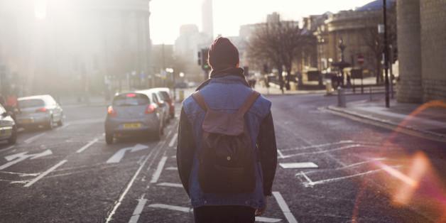 Mann auf der Straße
