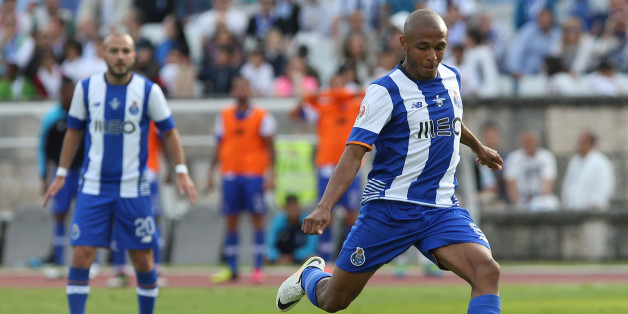 OEIRAS, PORTUGAL - MAY 22: FC Porto's forward Yacine Brahimi in action during the Portuguese Cup Final match between FC Porto and SC Braga at Estadio Nacional on May 22, 2016 in Lisbon, Portugal. (Photo by Gualter Fatia/Getty Images)