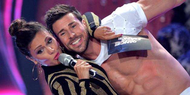 """Bachelor Leonard bei """"Dance, Dance, Dance"""""""