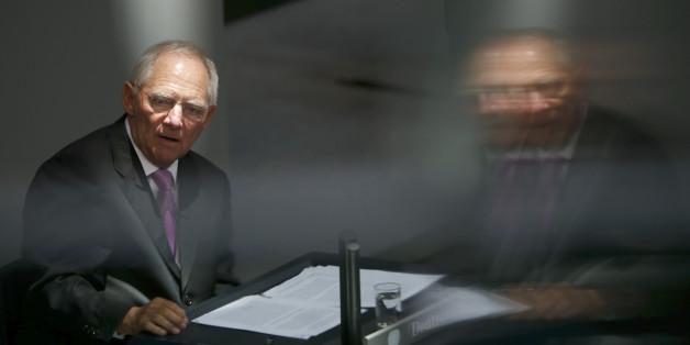 Schäuble kündigt Steuersenkungen für 2017 an.
