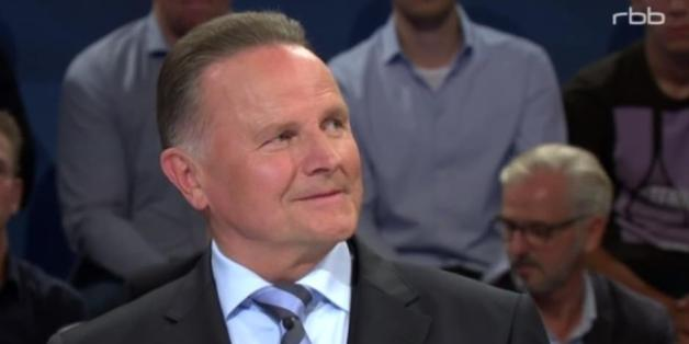 AfD-Kandidat Georg Pazderski beim TV-Duell in Berlin