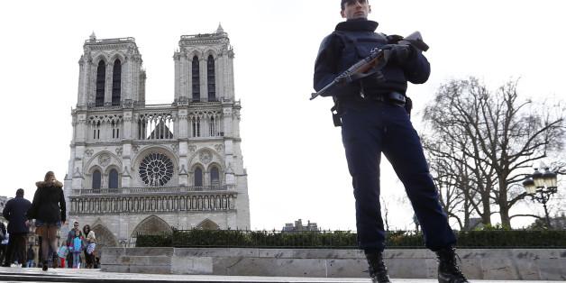 Terror-Angst in Paris: Auto mit Gasflaschen entdeckt, mehrere Festnahmen