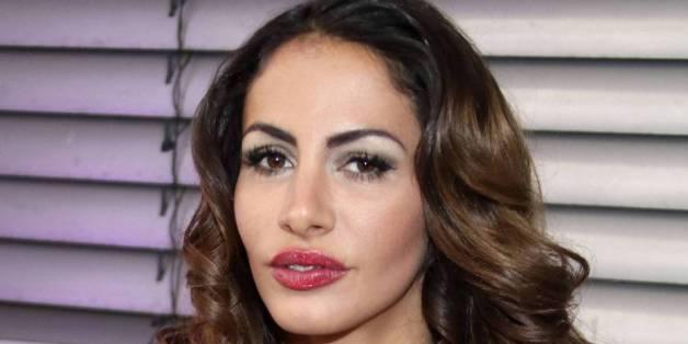 Model Janina Youssefian