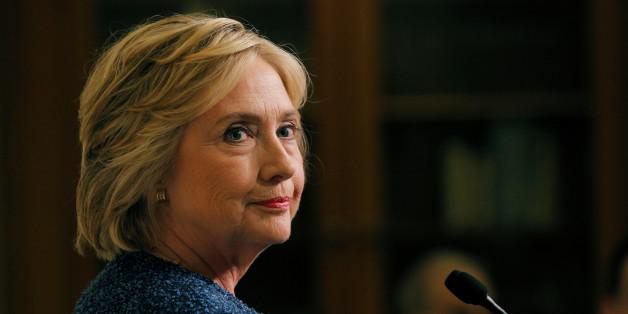 """Clinton s'excuse après avoir qualifié les électeurs de Trump de """"pitoyables"""""""